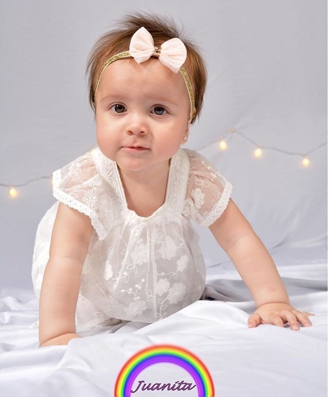 Book 1 year old  by Leandro Romero