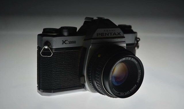 Pentax Old  by Leandro Romero