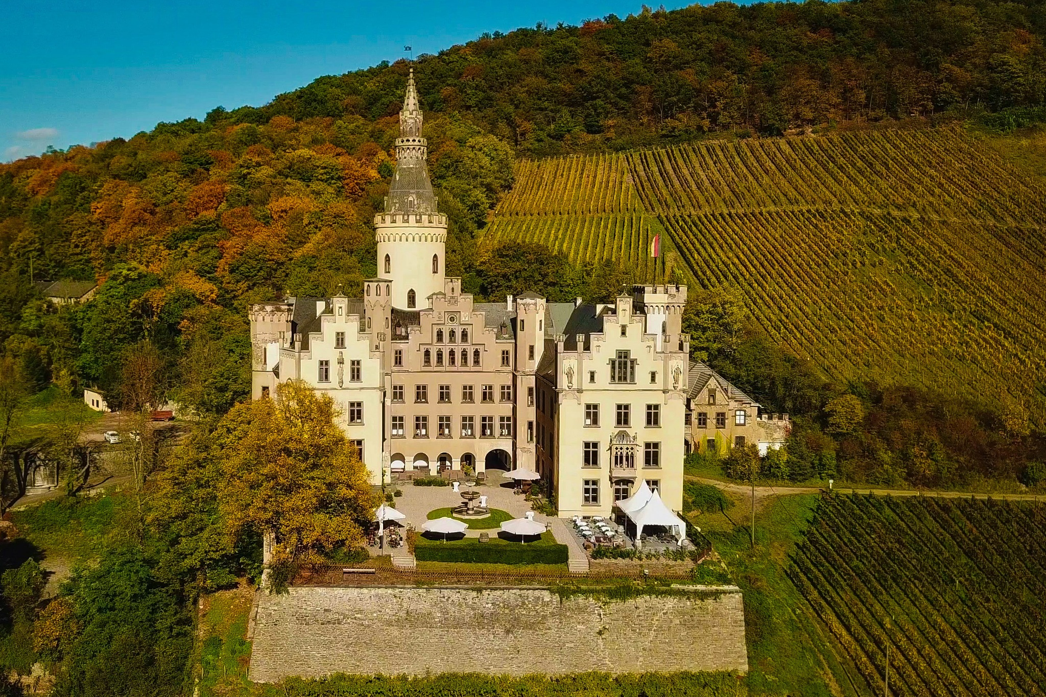 Castle Arenfels by Sergej Pril
