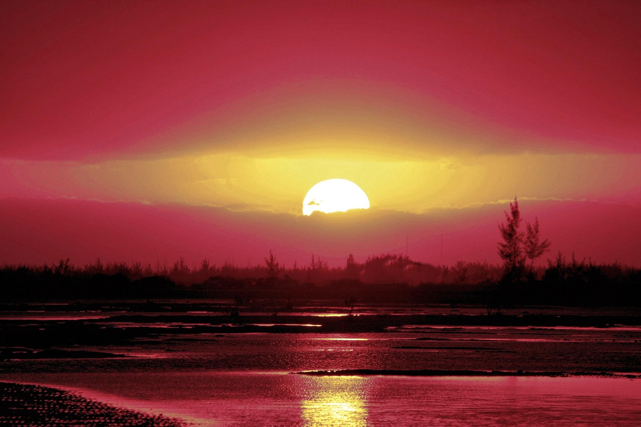 Glorious Sun by Montez Kerr
