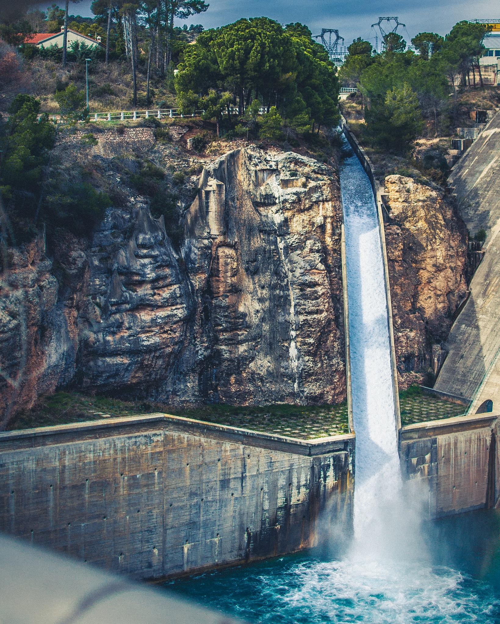 waterfall by pedro_polska