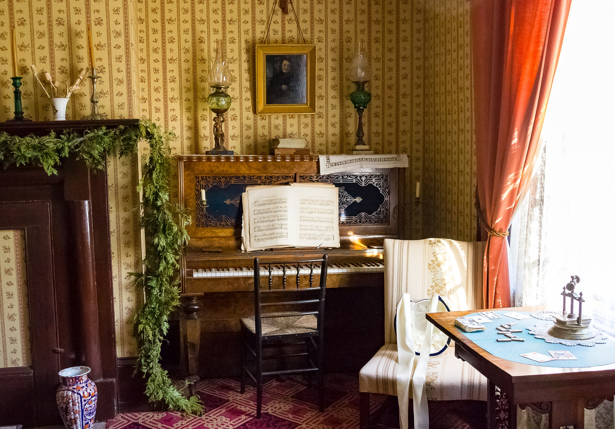 Pioneer Living Room by Steve Struthers