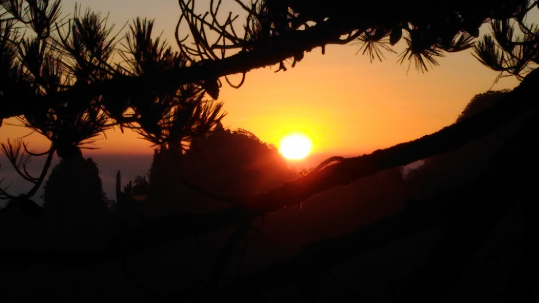 Sunrise by hugaman157