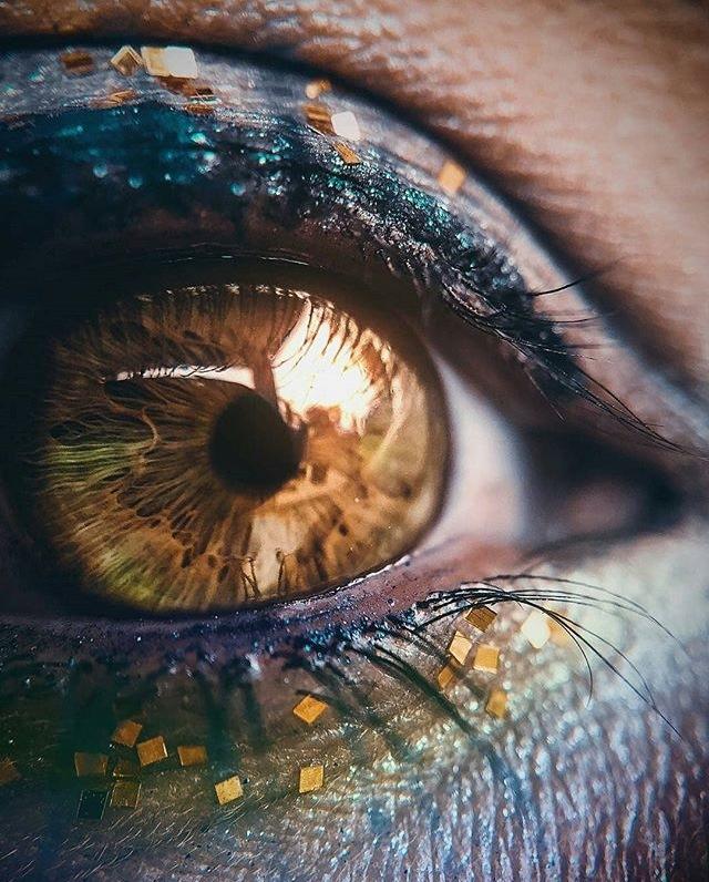 Fire eye  by Marion Nepunan