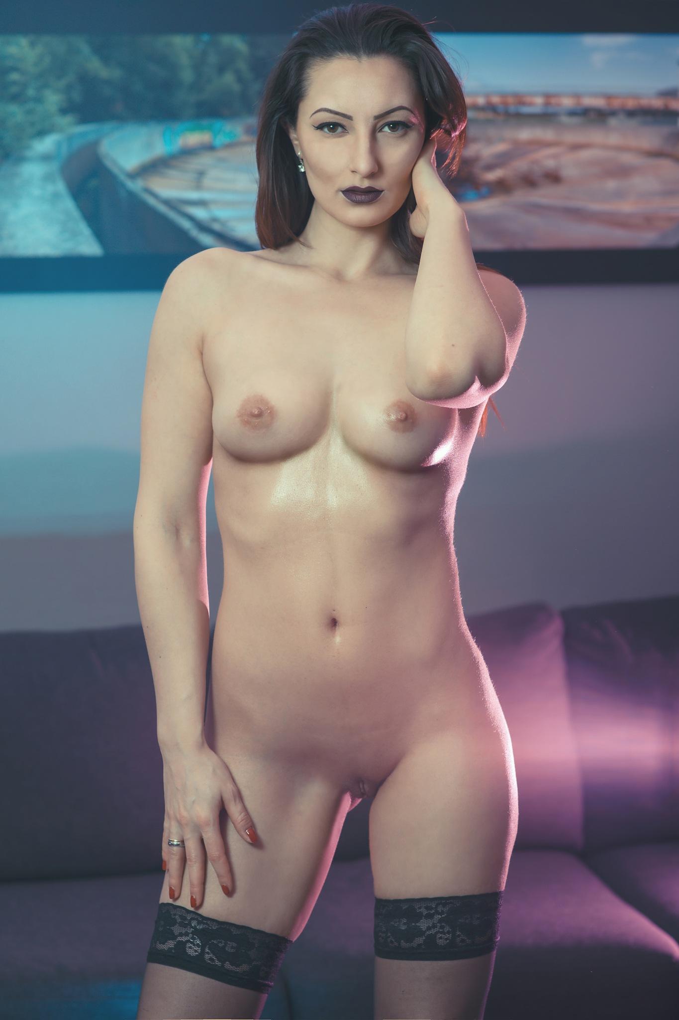 Nude by Ronny Grytbakk