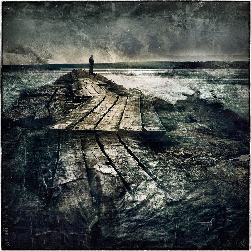 pier by Gennady Blohin