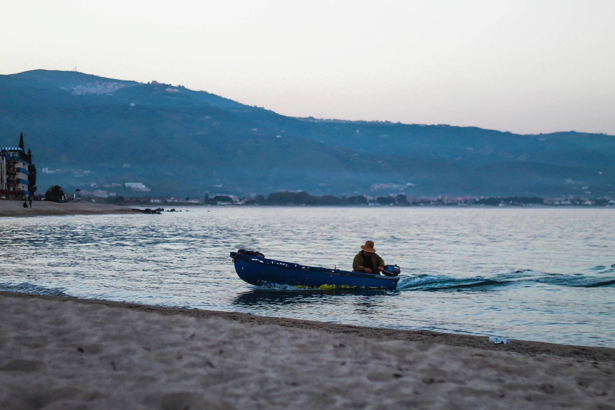 The fisherman returns  by Dario L'Abbate