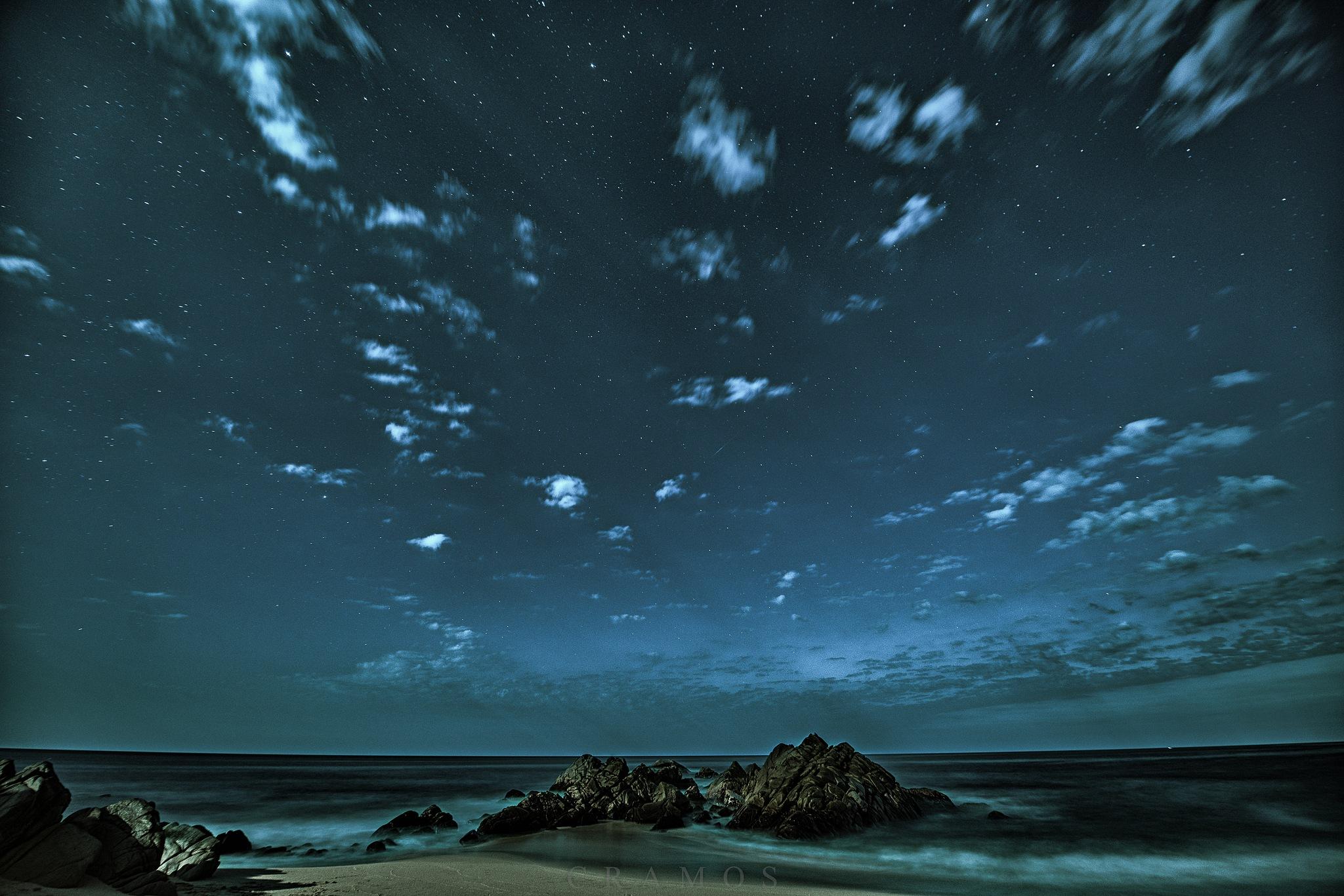 Shooting Stars by César Ramos