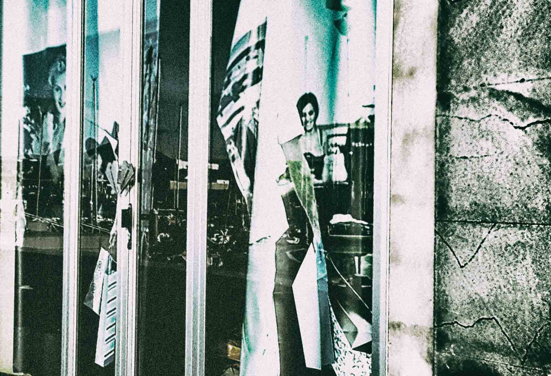 Mujeres de papel by Guaya Milán