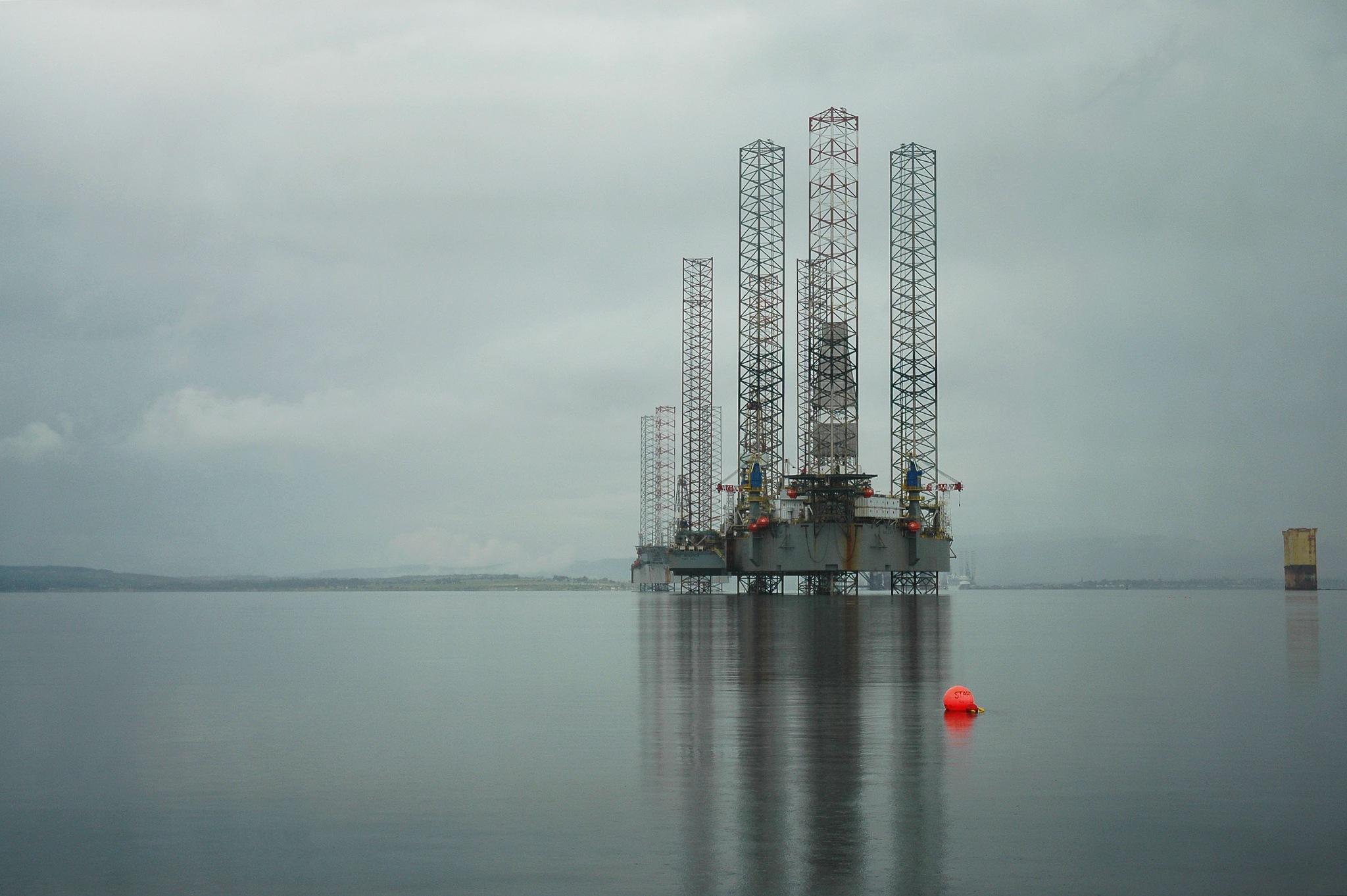 Oil Rigs by Tom Arnold