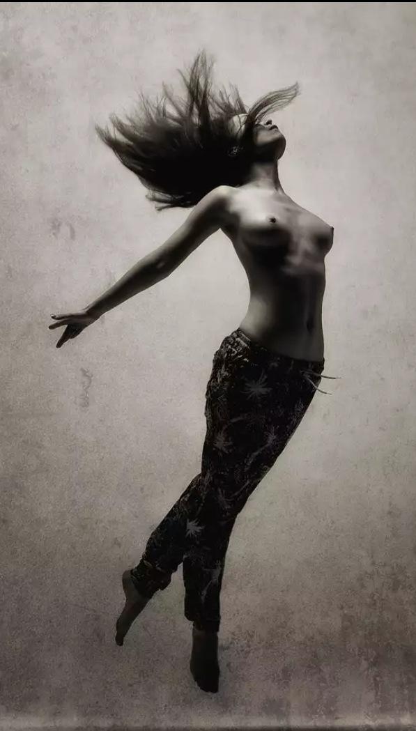 Untitled by Henrik Lidermann
