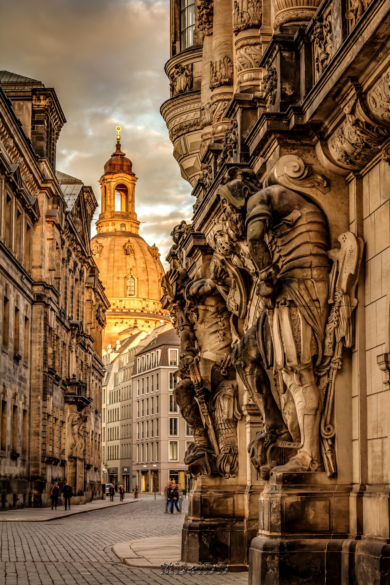 Dresden Augustusgasse by miseidd