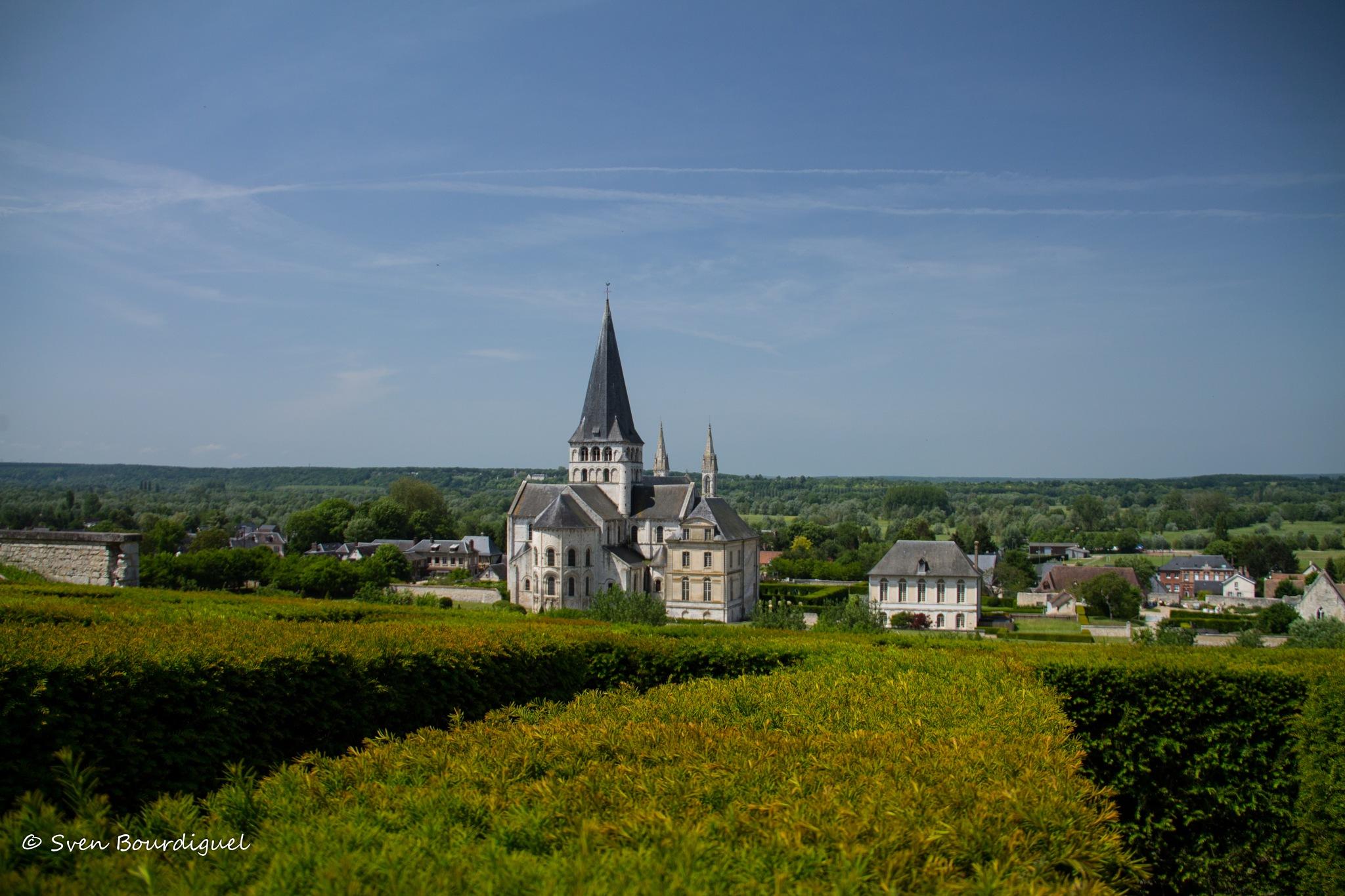 Abbaye Saint-Georges de Boscherville by SvИ Fötø