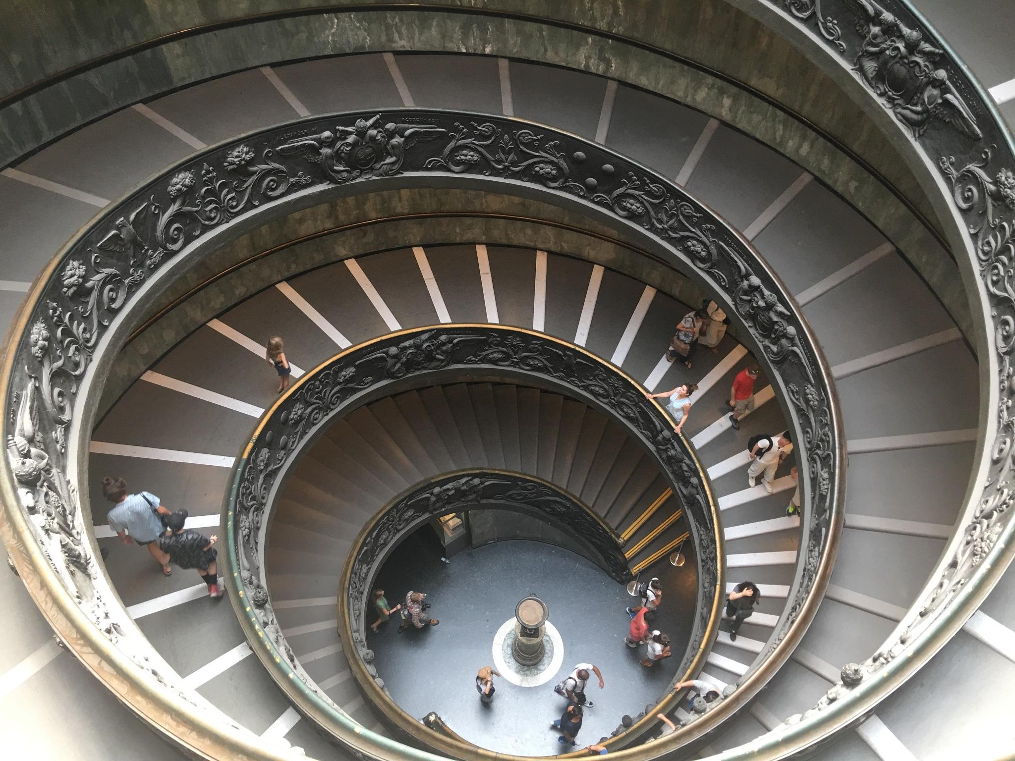 Vaticano Roma  by Pierina Mariani