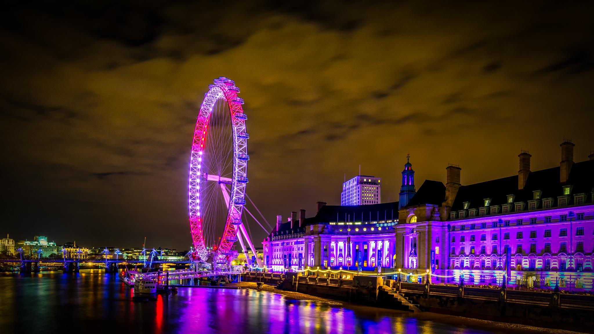 London Eye by Darko Maretić