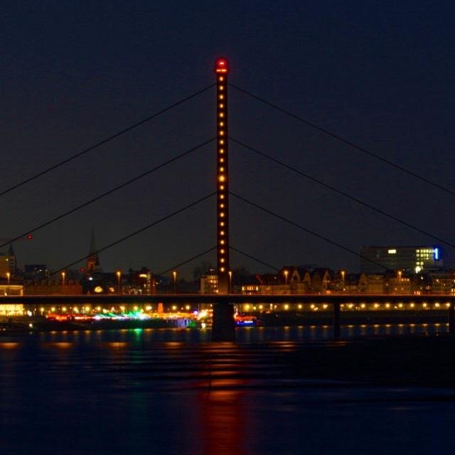 Brücke Düsseldorf  by Adam Schröder