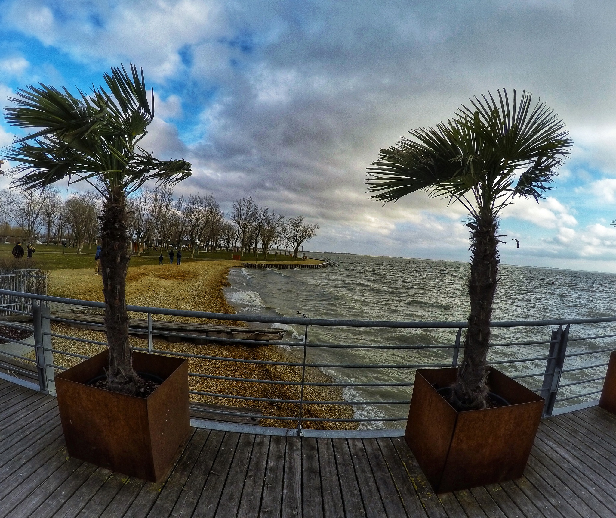 Neusiedler See by FaRsHaD