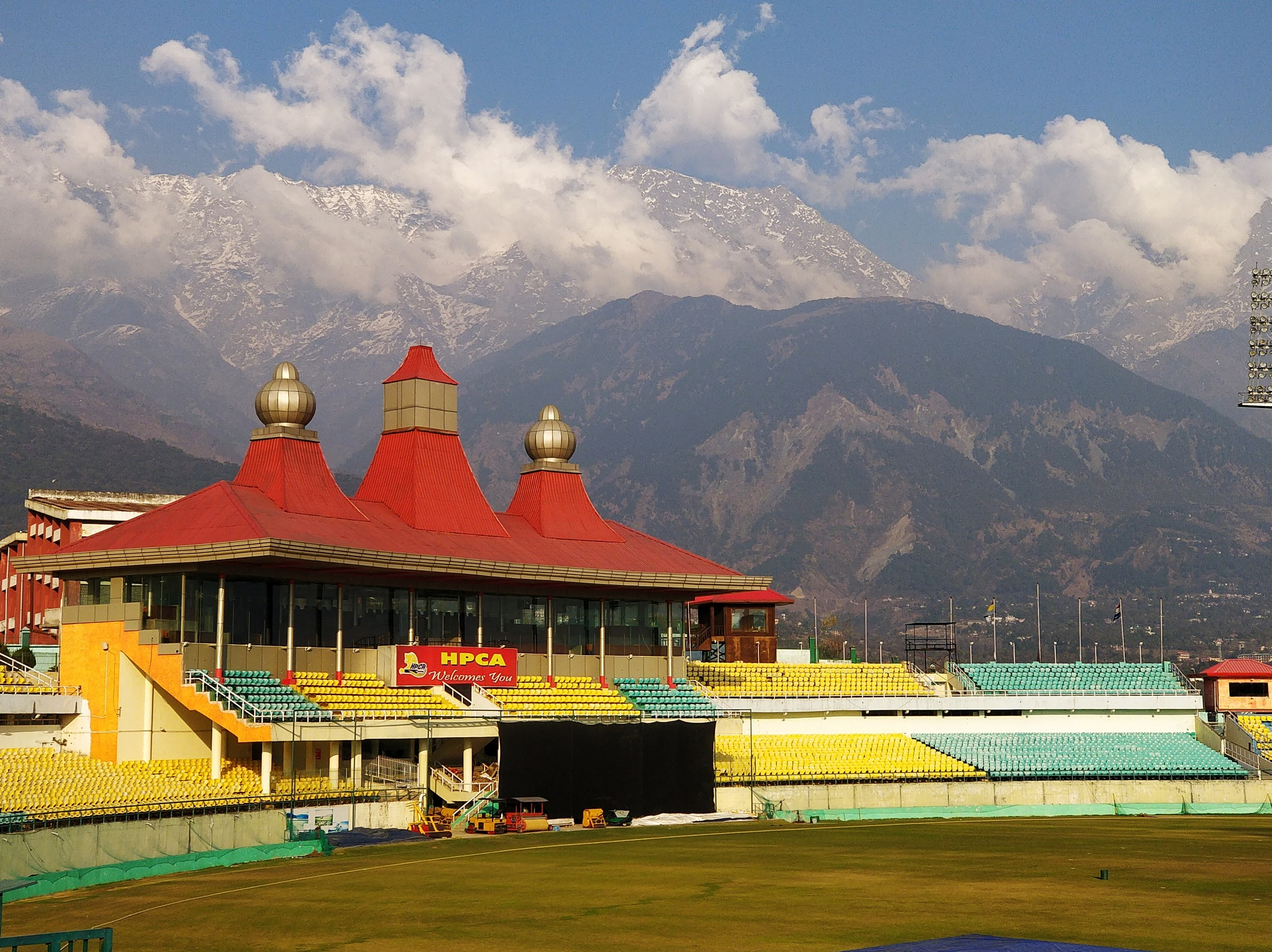 Dharamshala Cricket Stadium by Aman Chaudhary