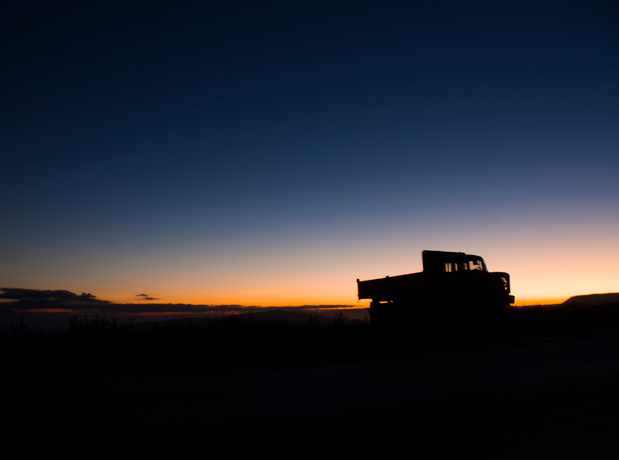 Truck silhouette by Antar Daâdouche
