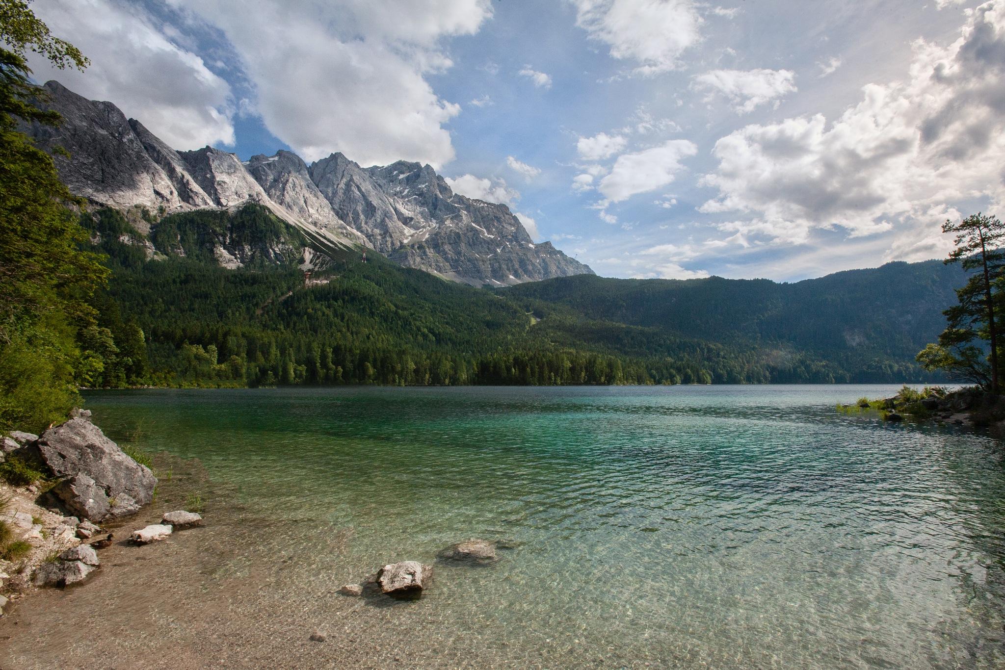 Beautiful lake  by Zdeněk Jarolím