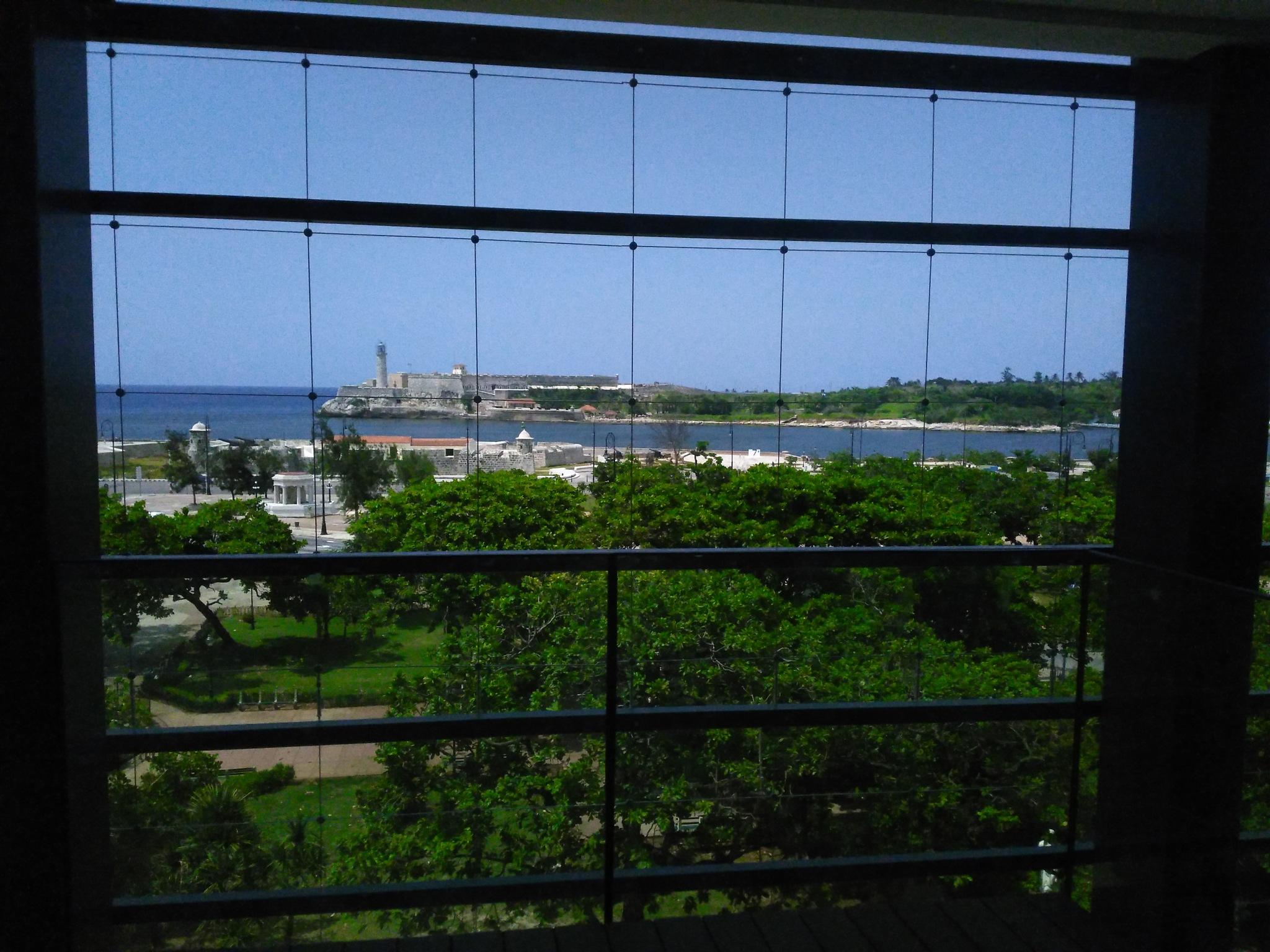 Bay view by Raul Morejon Aguiar