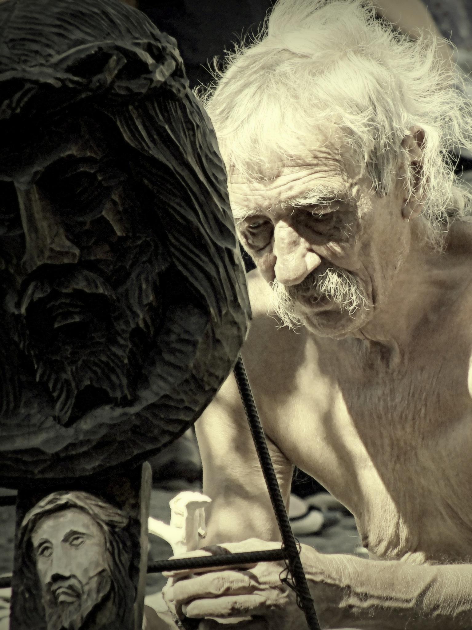 rzeźbiarz - 8 by Bogdan Iwaniszyn