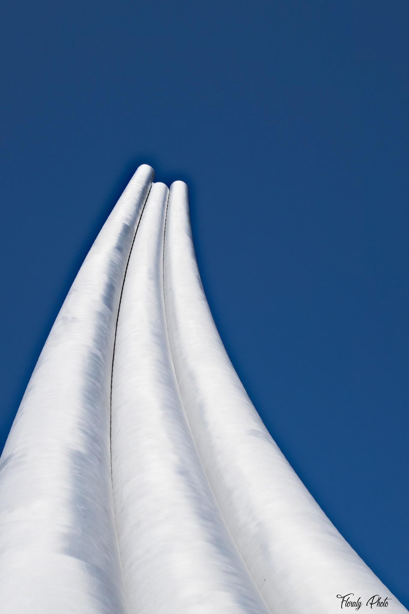 Trois-Rivières - Les 3 tubes by FloralyPhoto