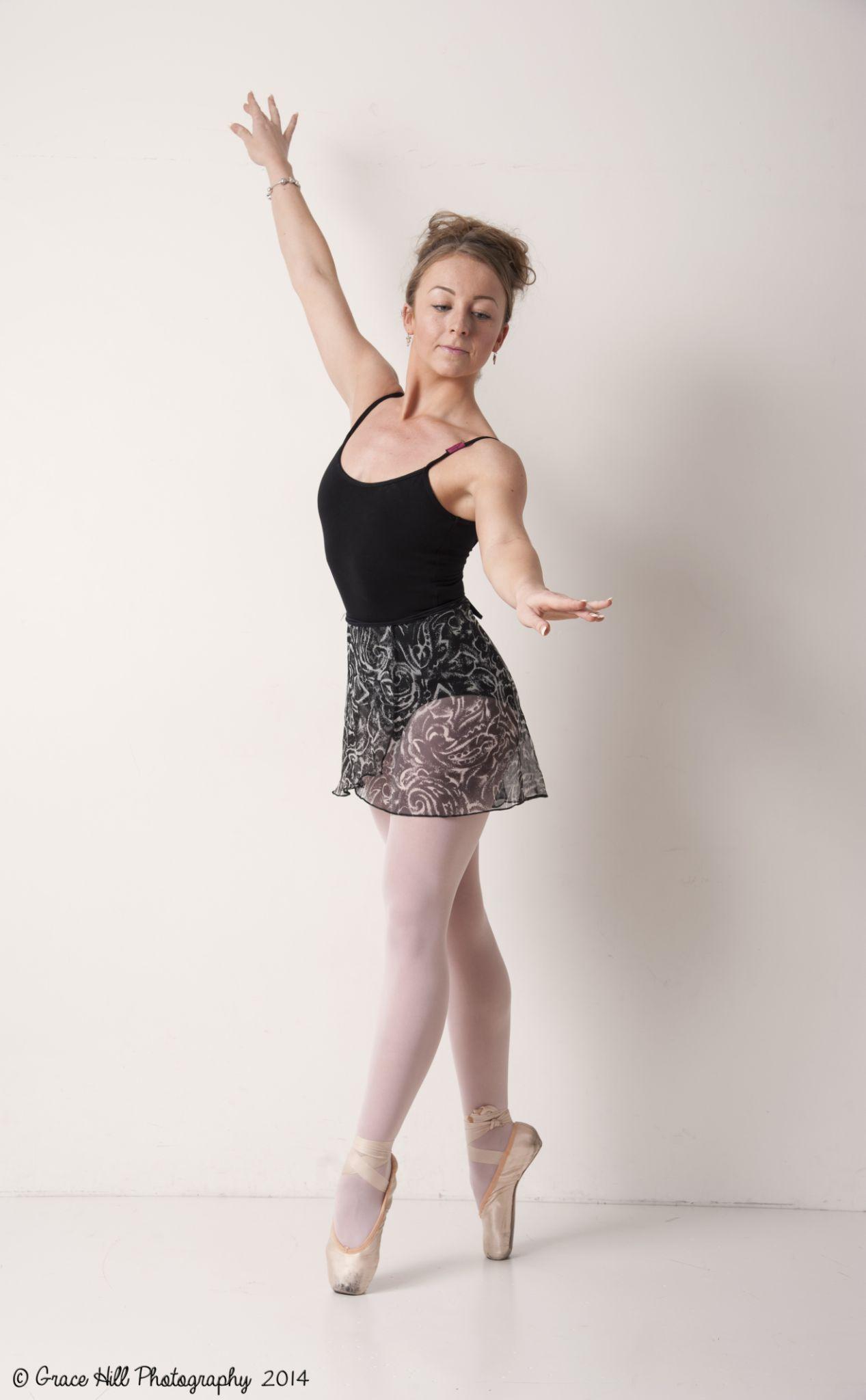 Ballet Dancer by Grace_Eliz