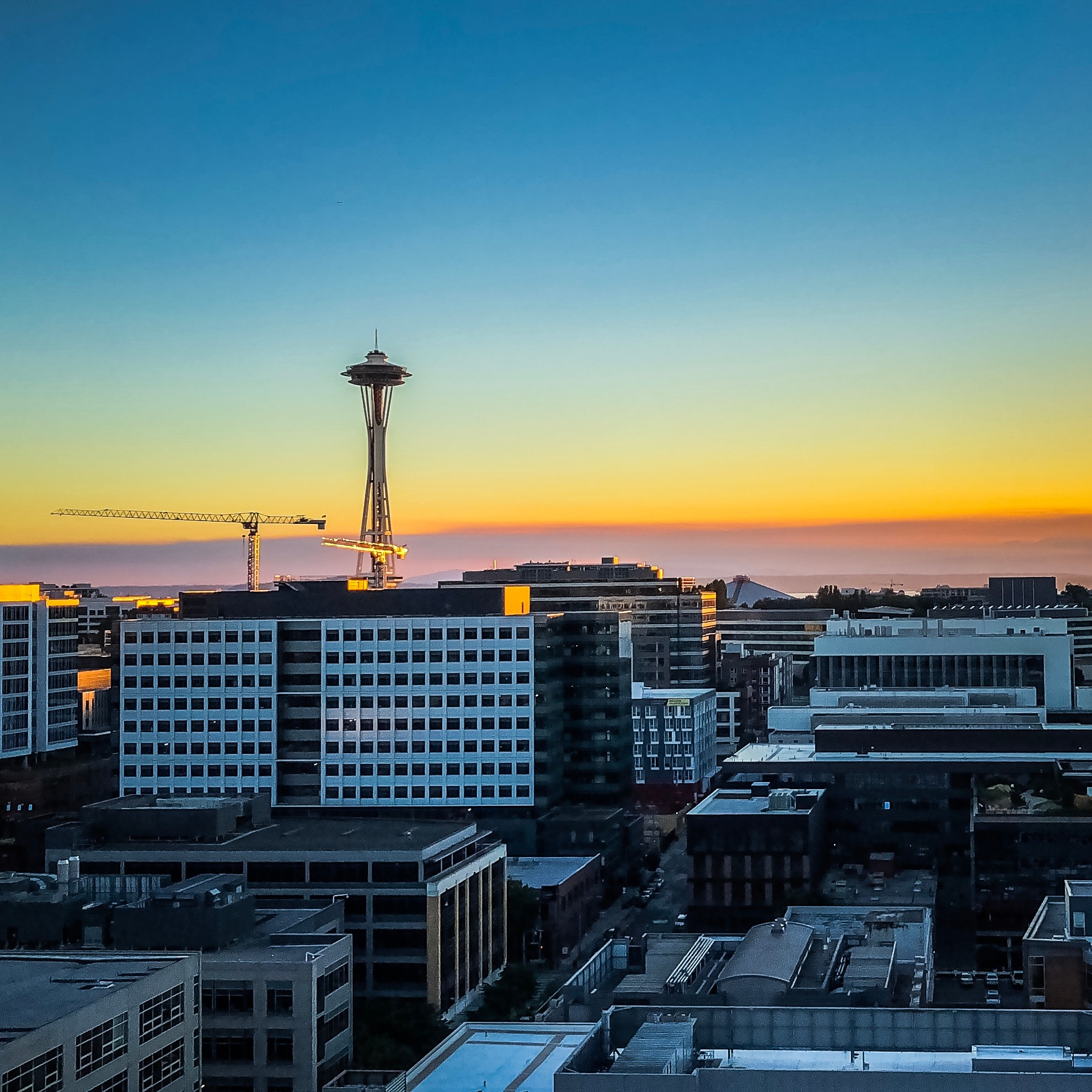 Sunset over Seattle's Skyline!  by Miguel Ramos