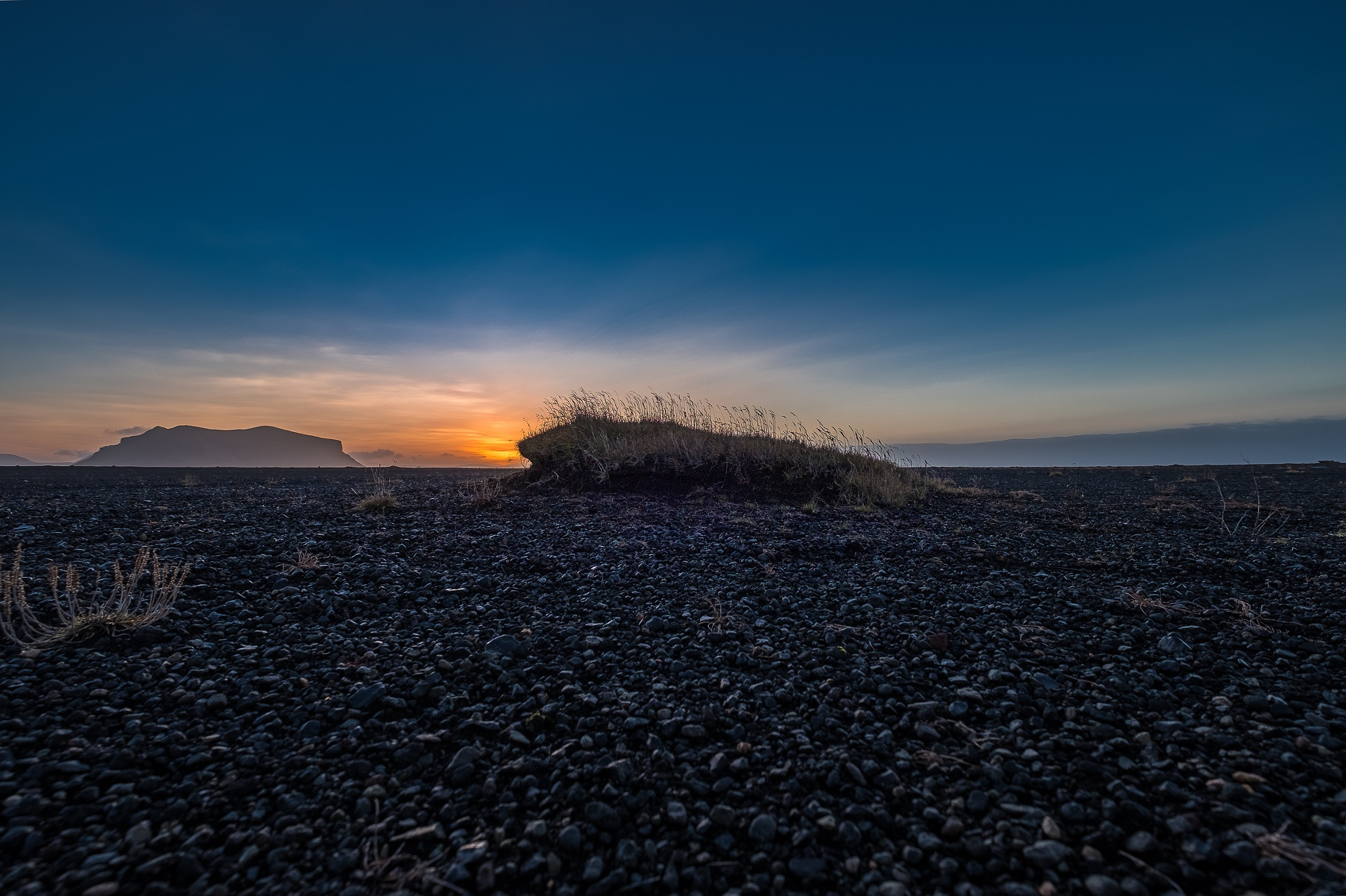 Sunrise in Iceland by Hakan Cacharel