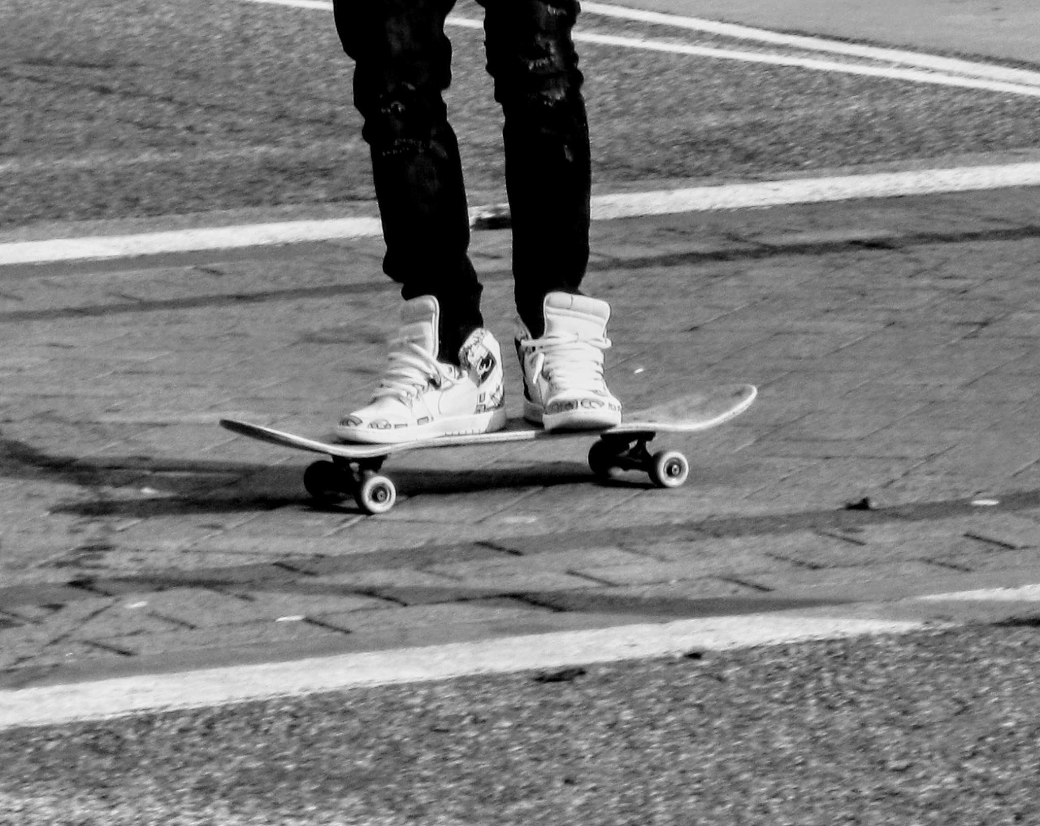..cheap skates.. by jediknight