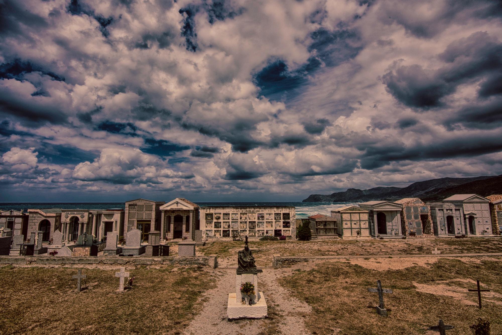 cimitero by Giovanni Cocco