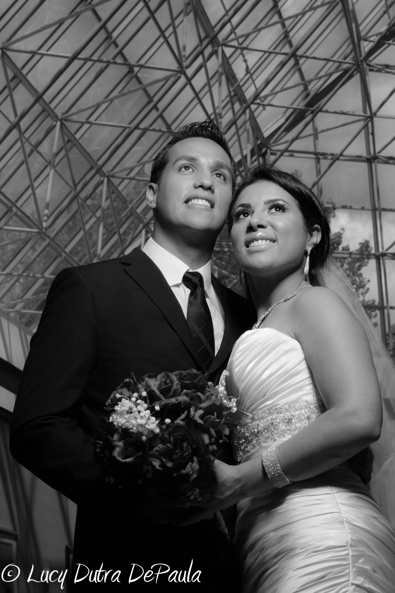 Wedding pic blk and wht  by LUCY DEPAULA PHOTOGRAPHY