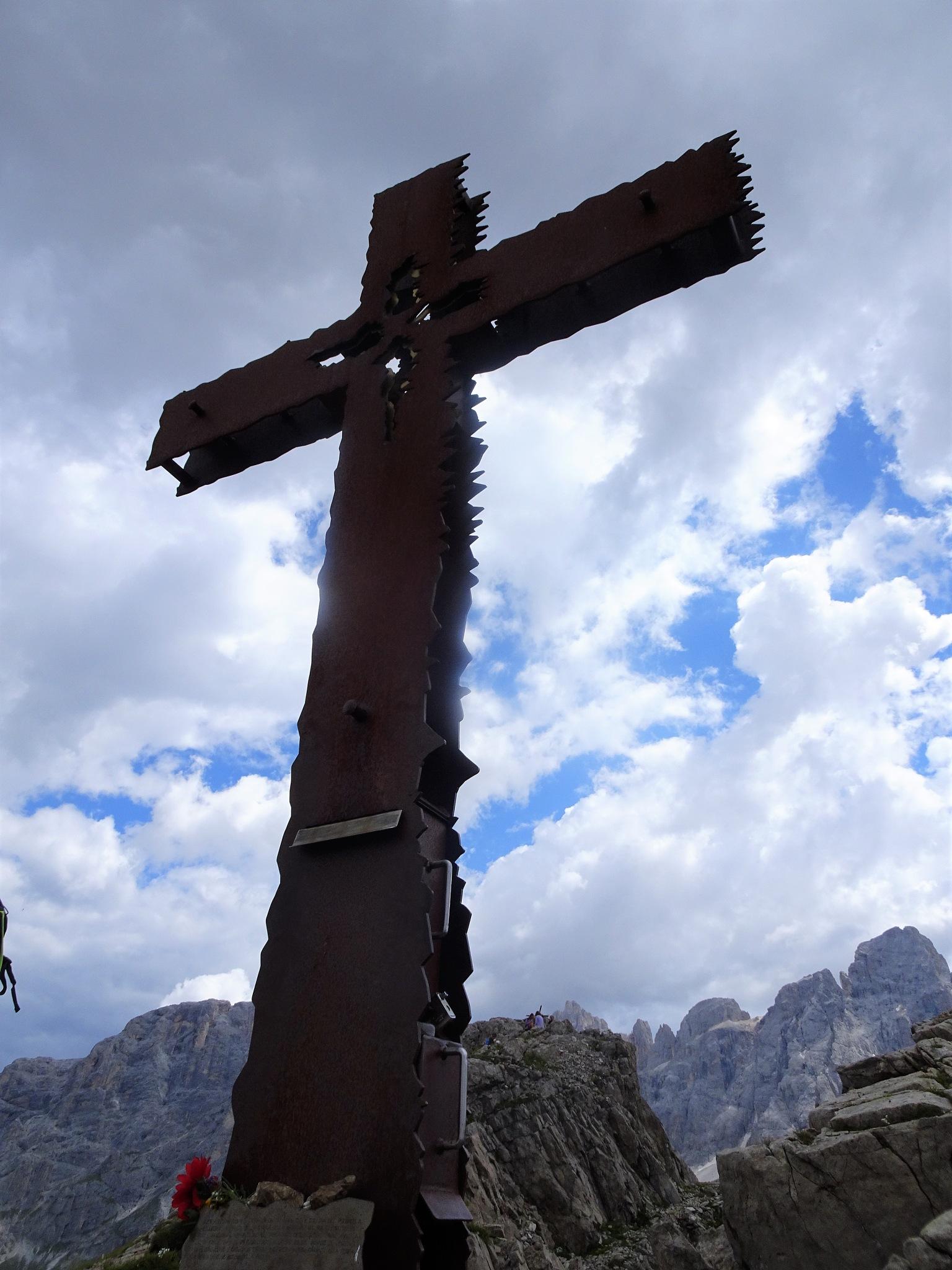 Cristo Pensante - Val di Fiemme by Simona