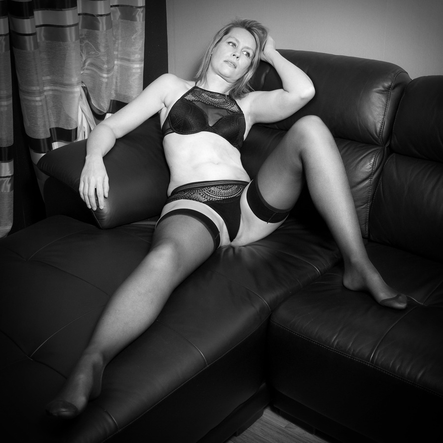 On the sofa by Geppe