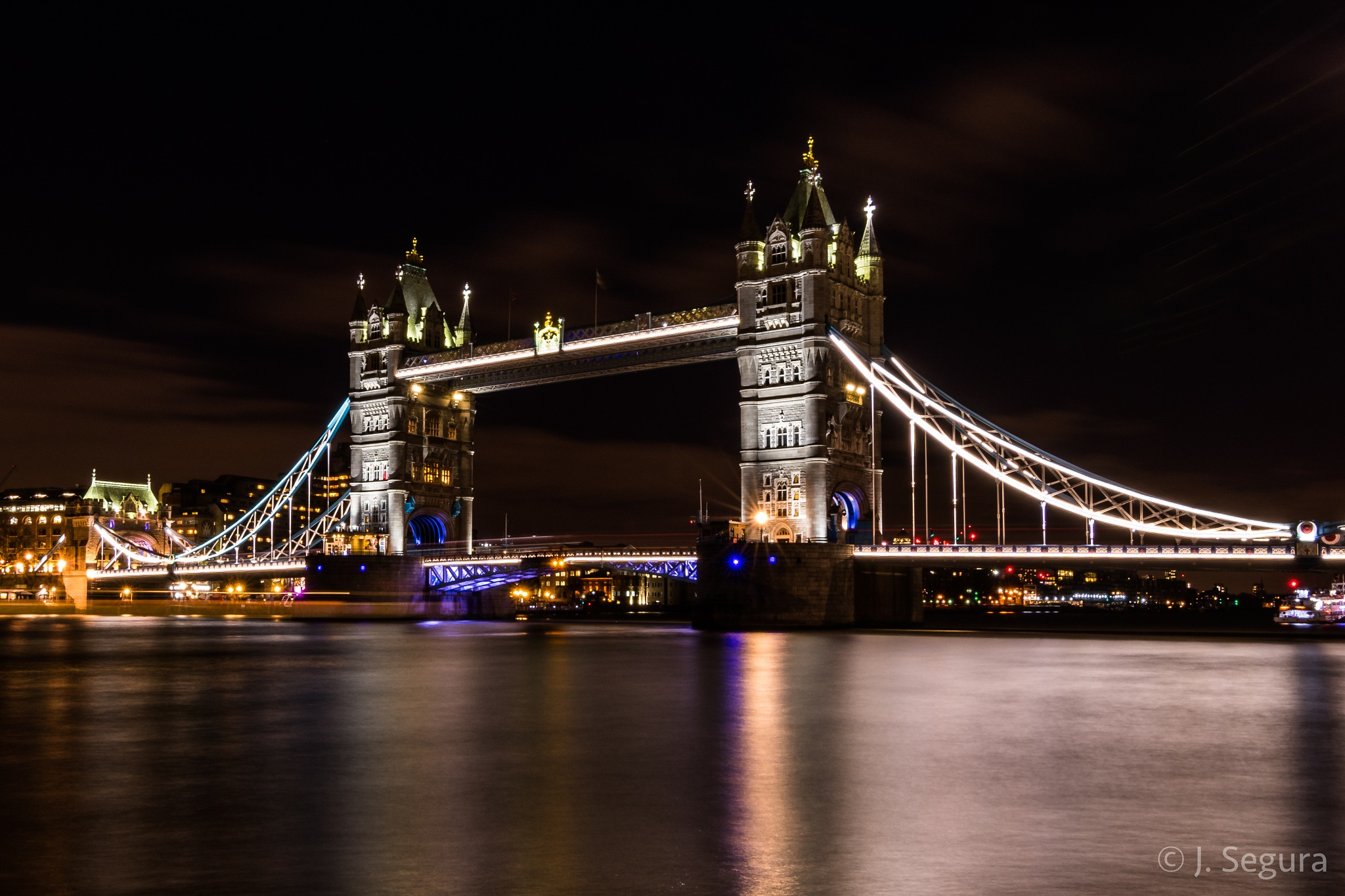 Tower Bridge by YorchSeif
