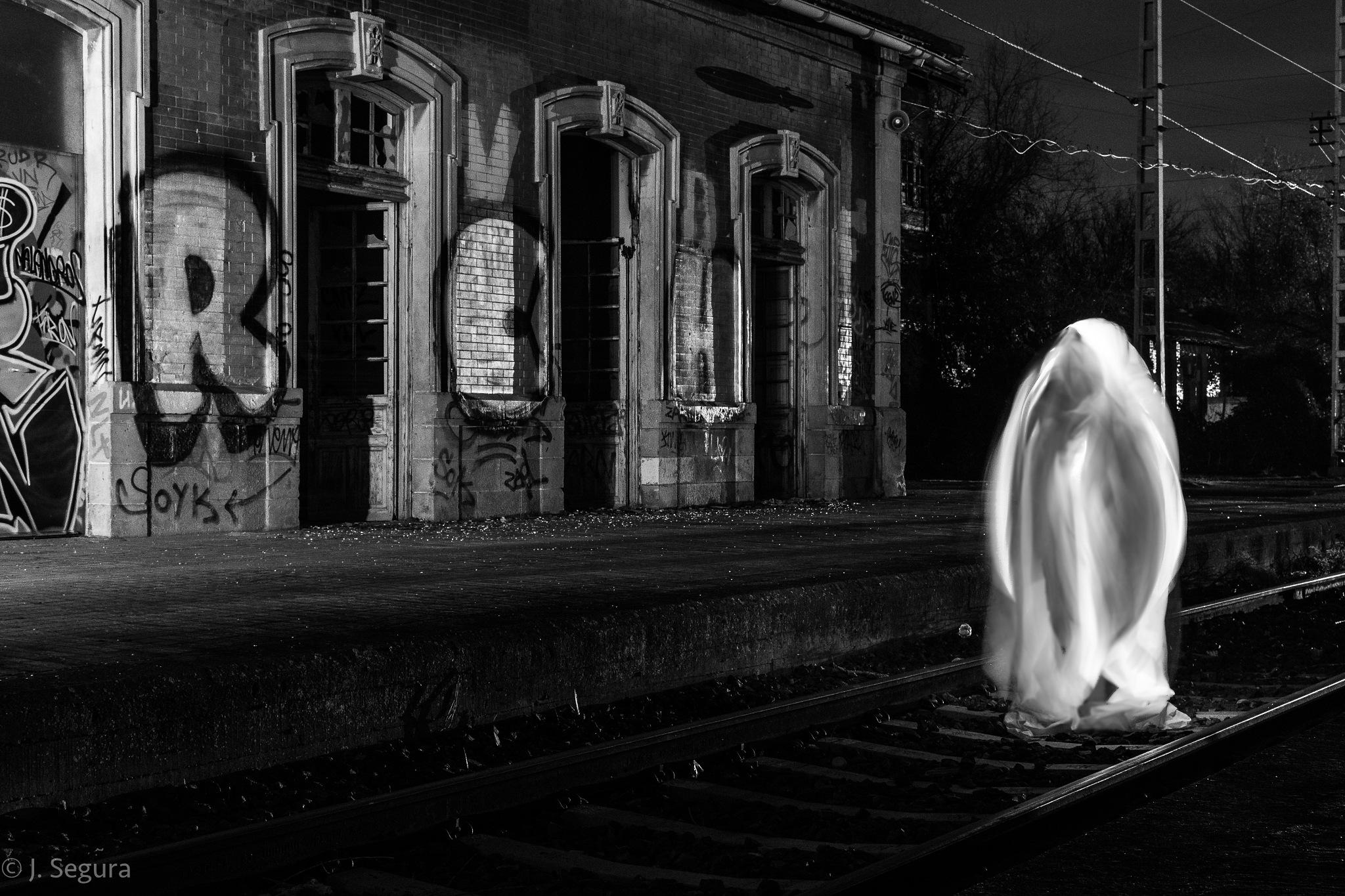 Que viene ..¿el tren? by YorchSeif