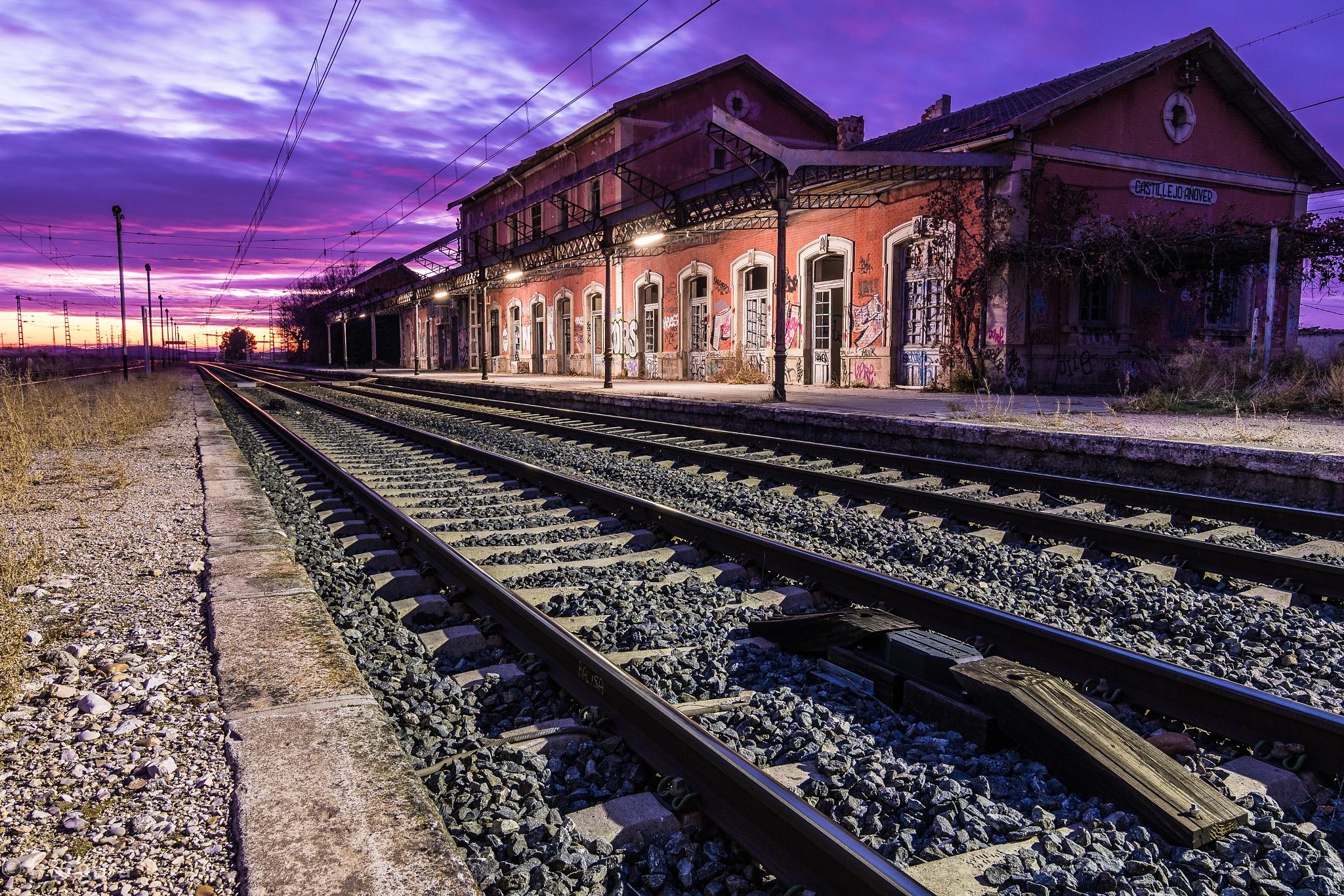Estación Castillejo-Añover I by YorchSeif