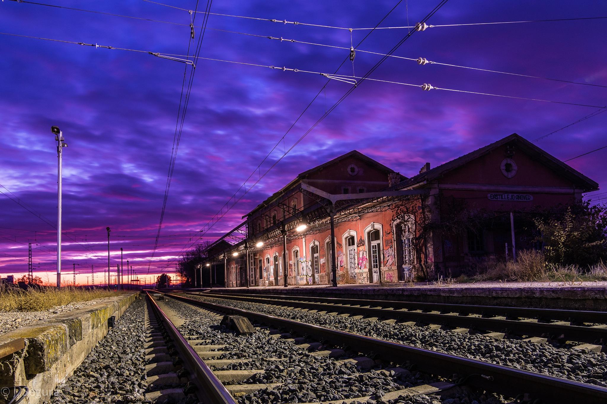 Estación Castillejo-Añover II by YorchSeif