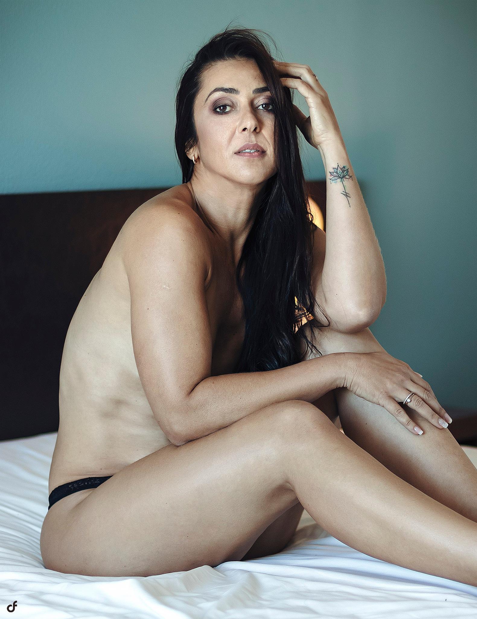 Photo in Portrait #sexy #babe #hot #boudoir #woman #light #color #nude #portrait #photography