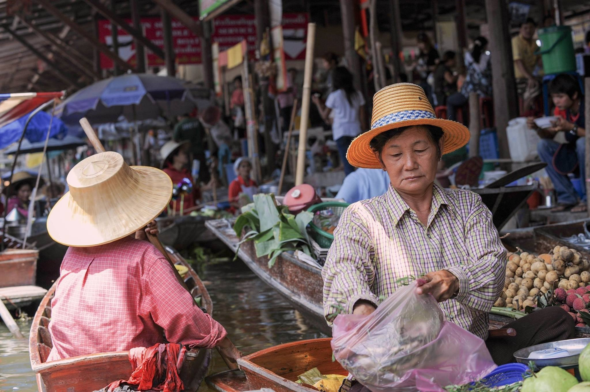 The charm of Thailand - 2018 by Robert Malin Young