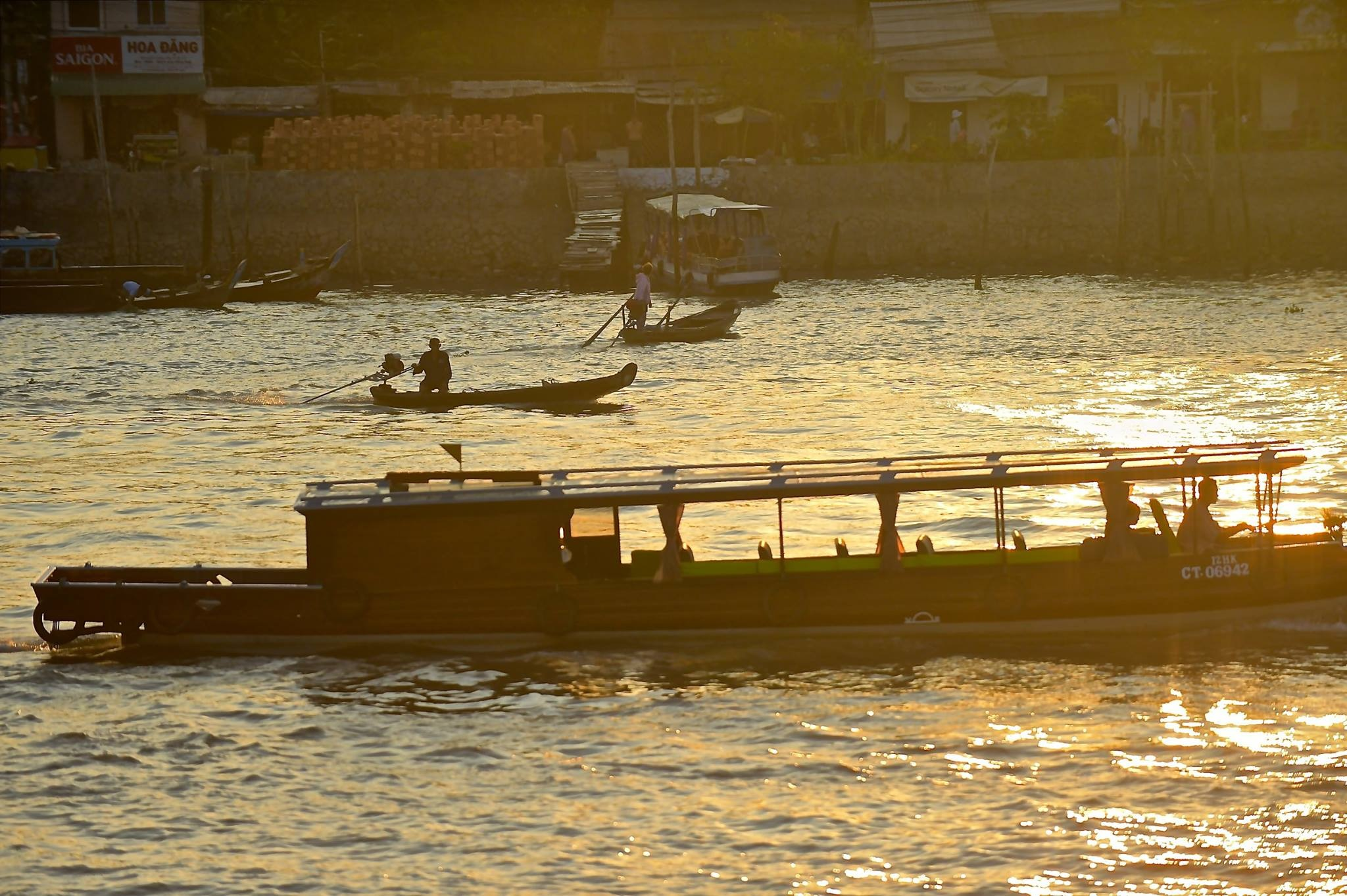 River traffic - early morn - Mekong 2018 by Robert Malin Young