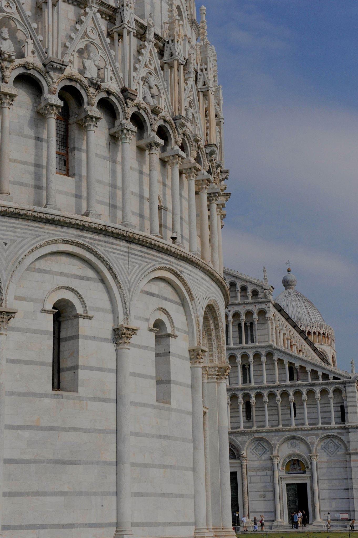 Bella Italia - Pisa 2018 by Robert Malin Young