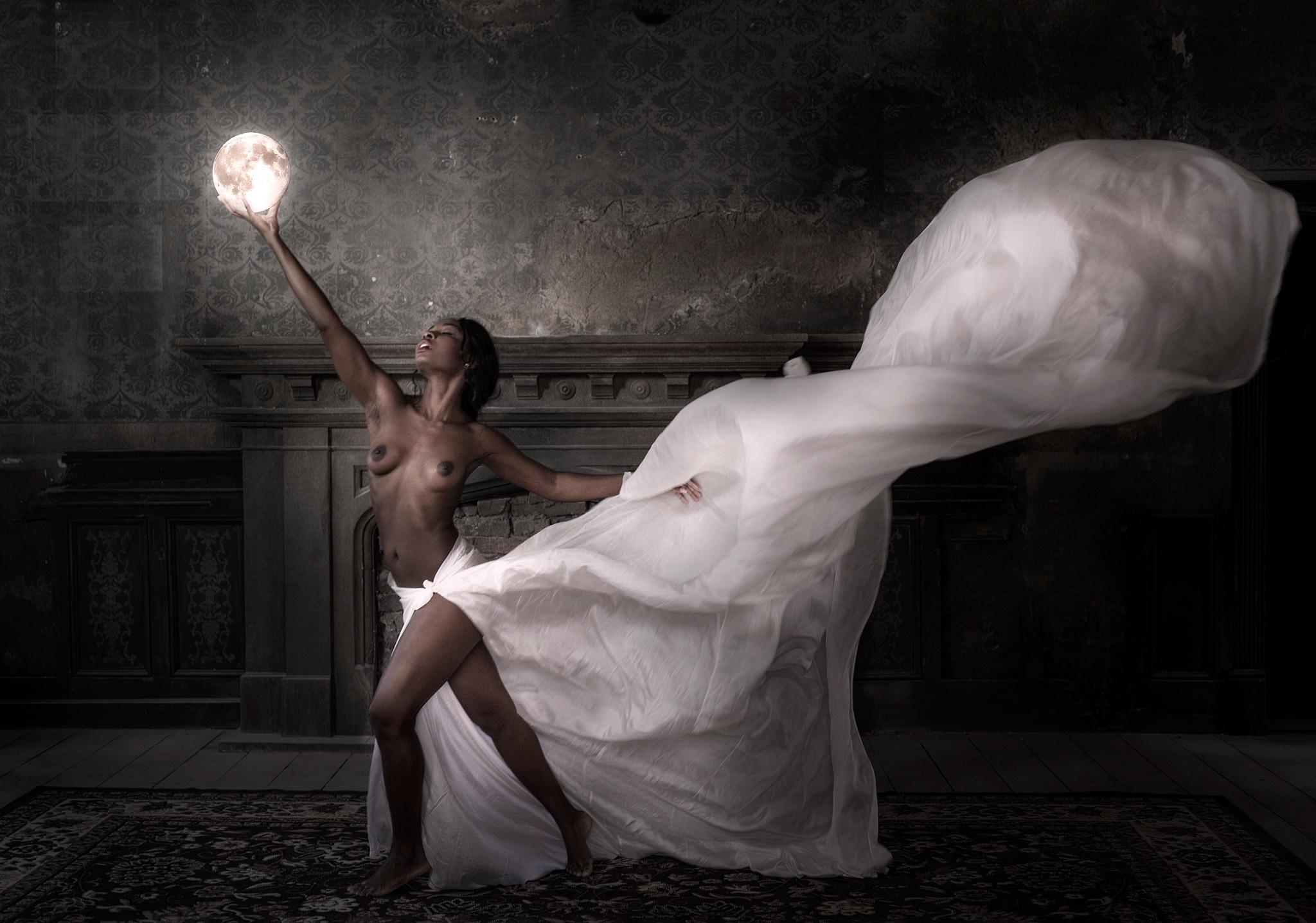 Moondance by kimovitzkk