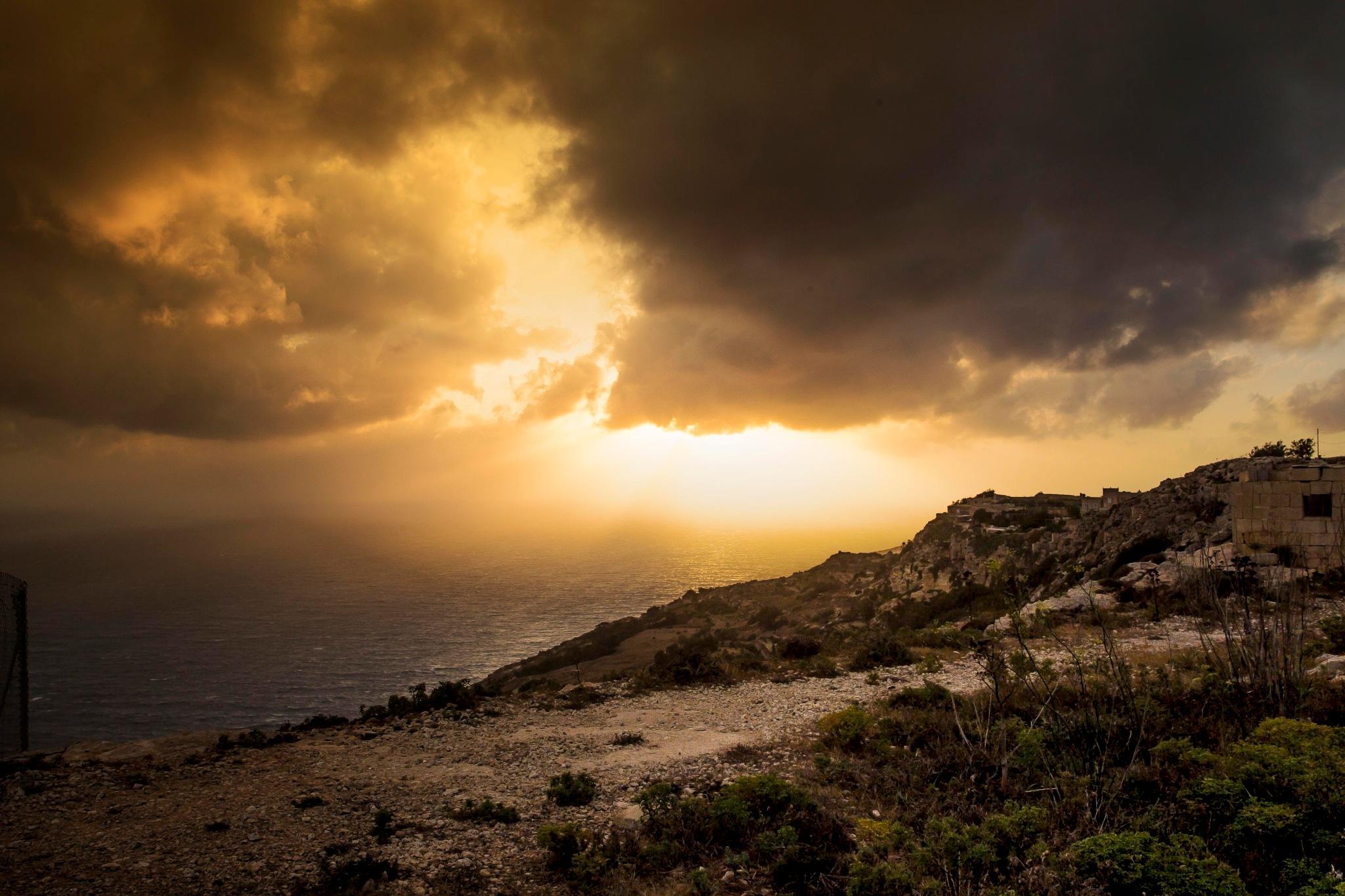 Sunset over Dingli, Mk2 by Steven Vallis