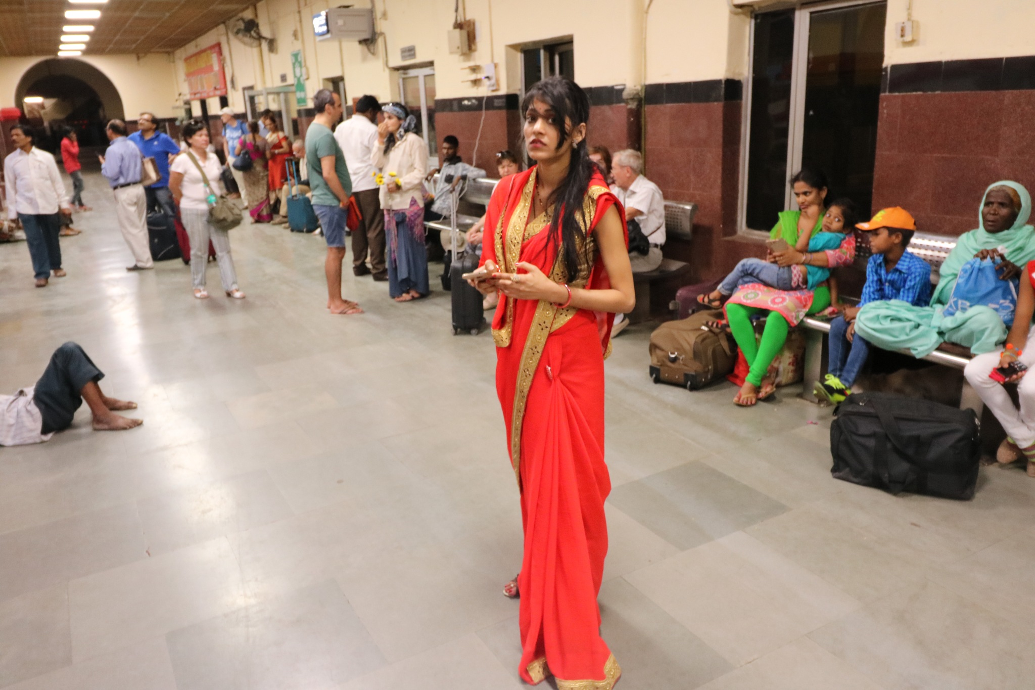 New Delhi Railway Station by adriana gatej