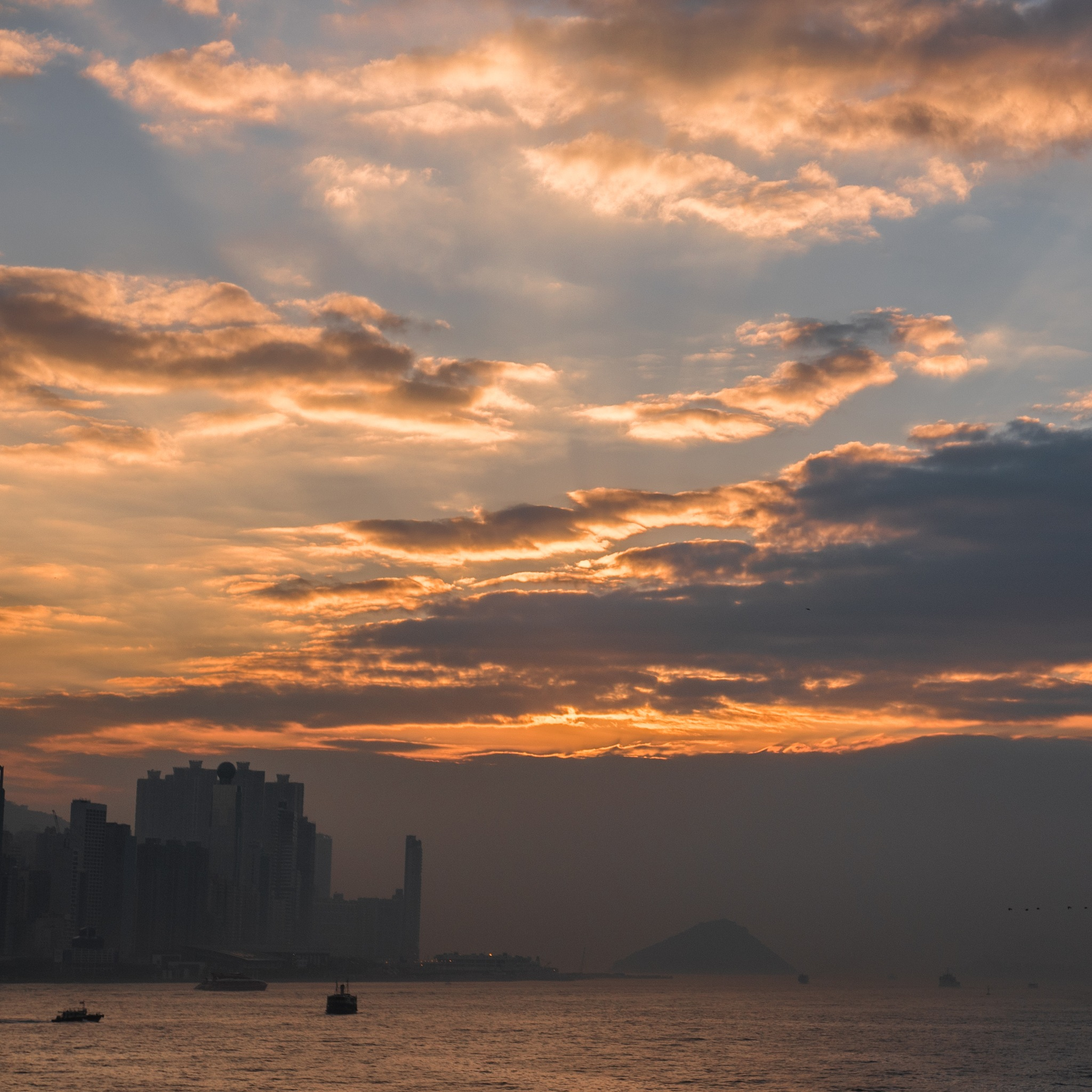 Hong Kong Sunset by nobu_24