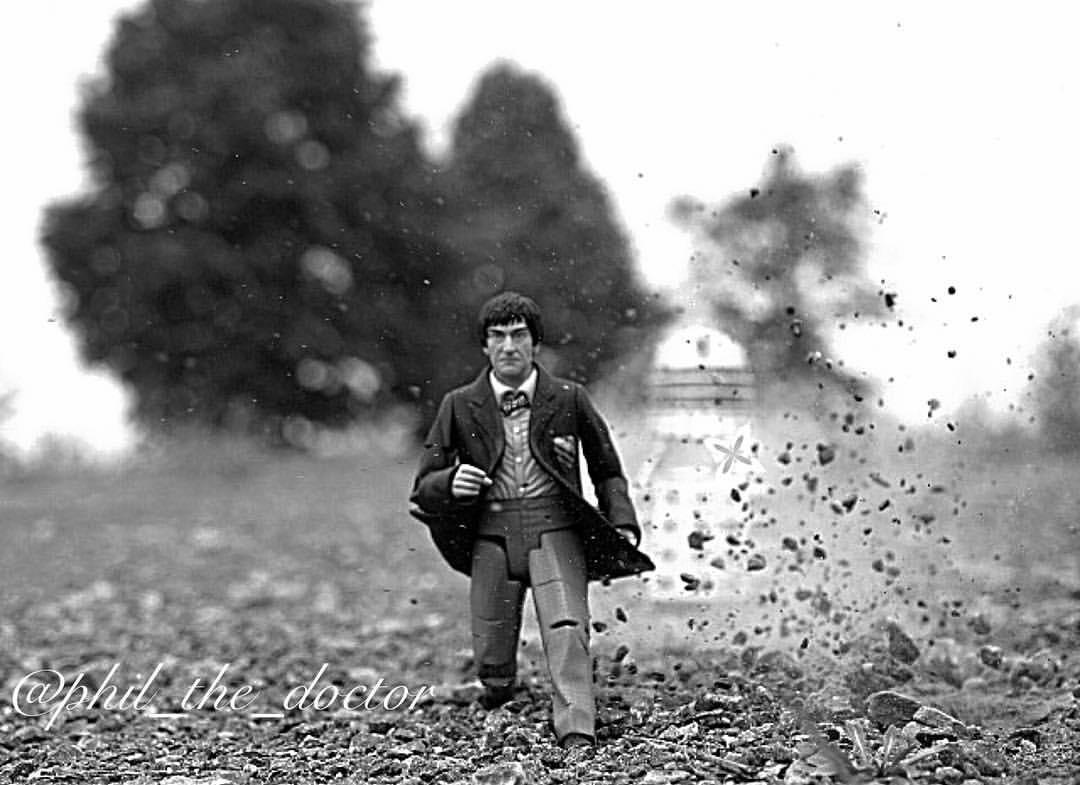 Run, Doctor, run! by Phil Dyner