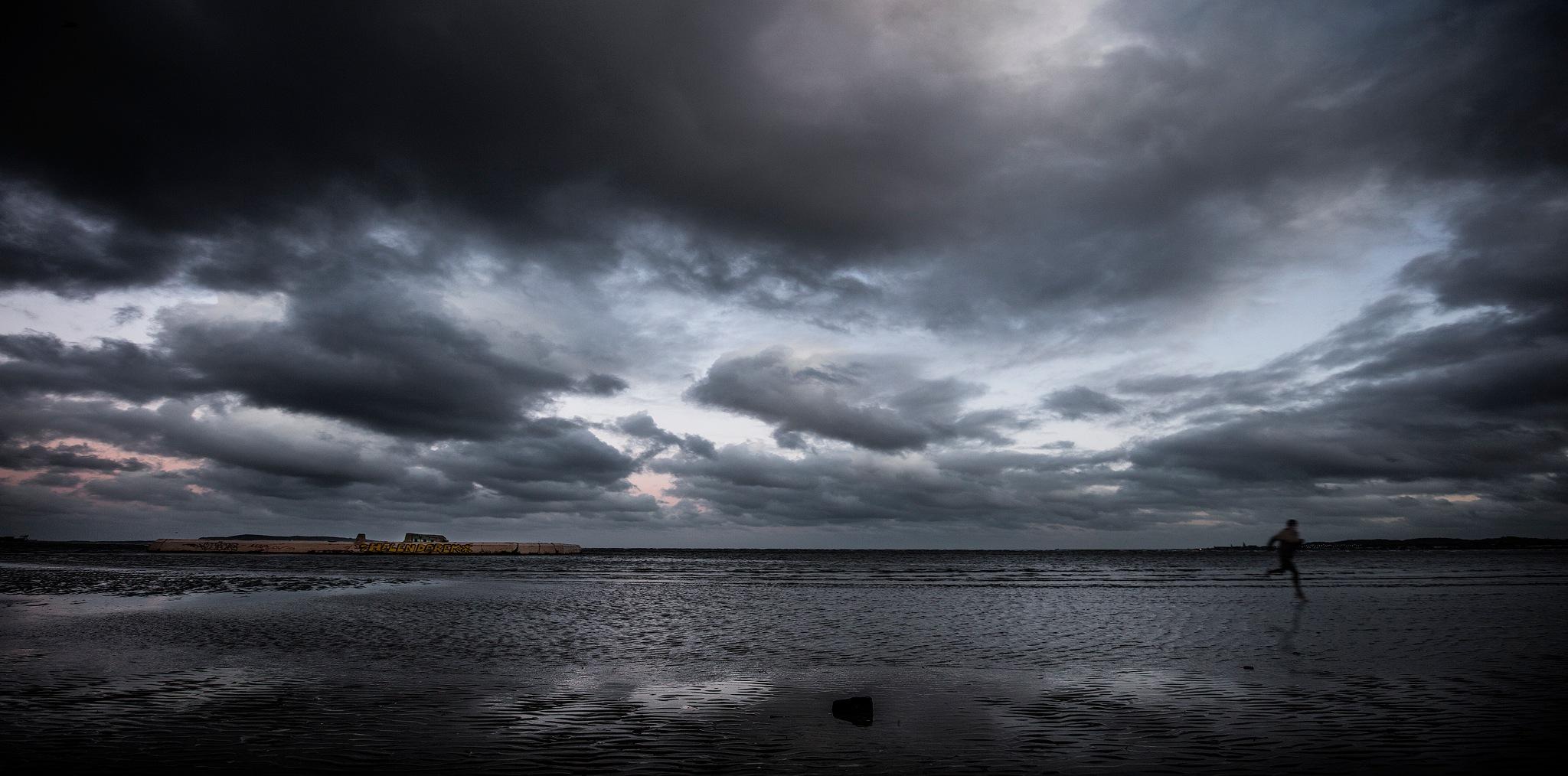 Sandymount Run by Adrian Stewart