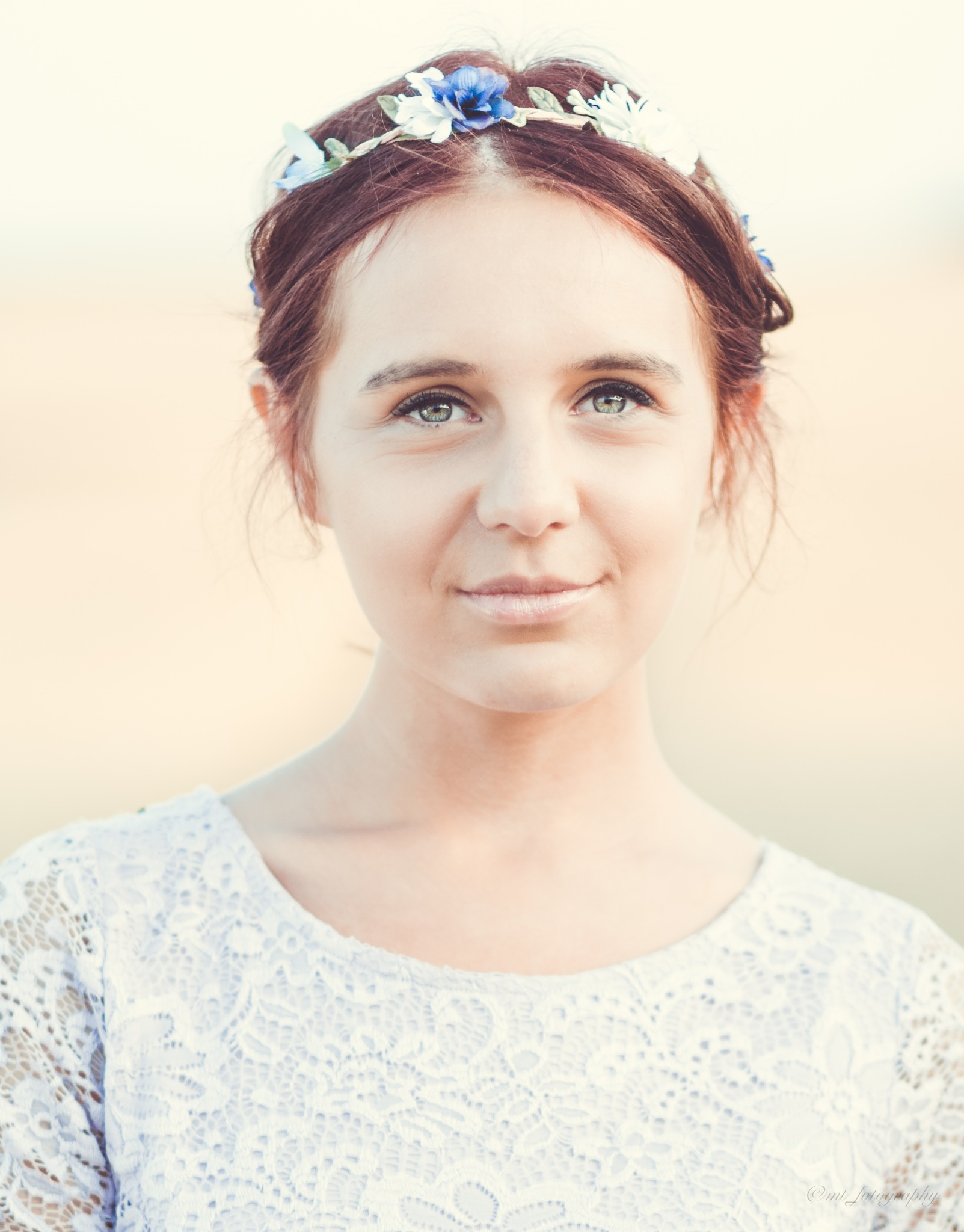 flower girl portrait  by Morten Thomsen